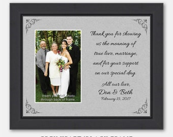 wedding present We survived our daughter/'s wedding parents couple t-shirts set