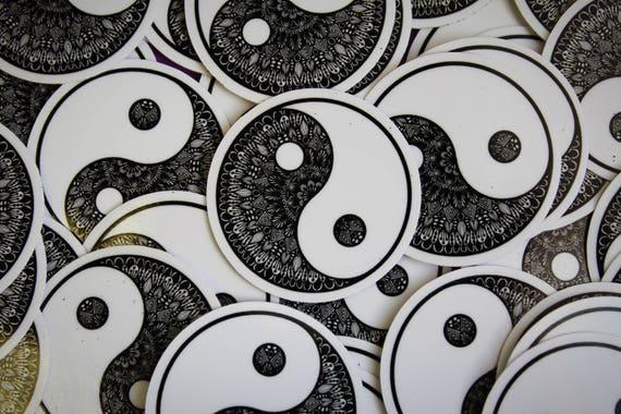 Mini Ying Yang Sticker (WATERPROOF) (WATERPROOF)