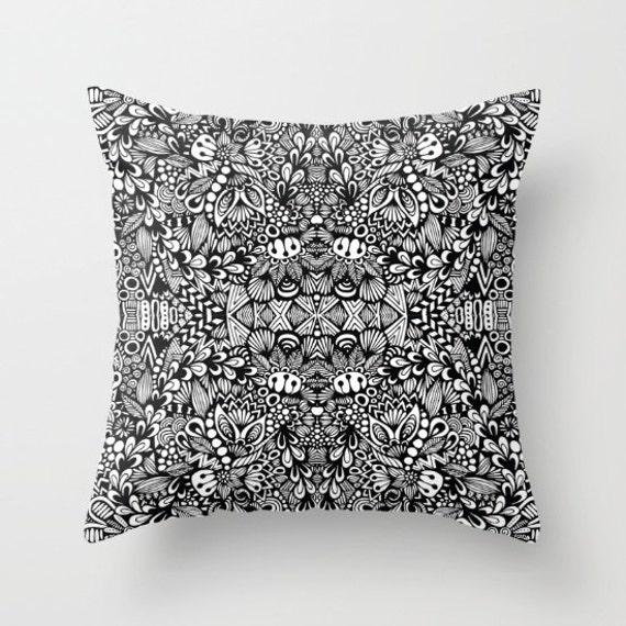 B&W Pillow Case