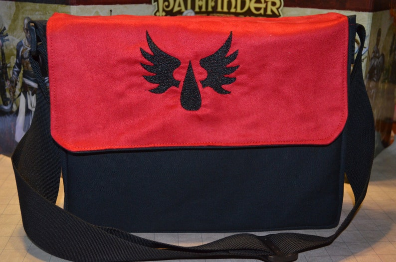 Messenger bag Warhammer Blood Angels embroidered Canvas and image 0