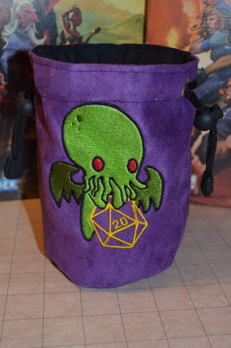 Dice Bag Green Embroidery D20 cthulhu image 0