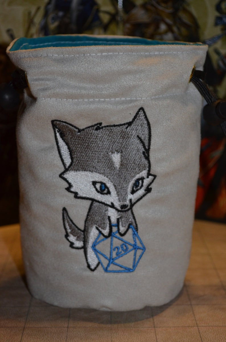 Dice Bag D20 Wolf Embroidered Light Gray suede image 0