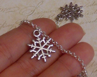 Simple Snowflake Anklet - Silver Plated. Extendible
