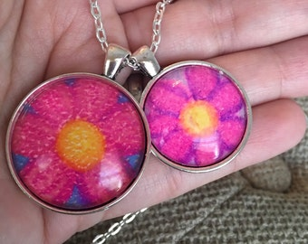 Small Circle Flower Pastel Drawing Necklace