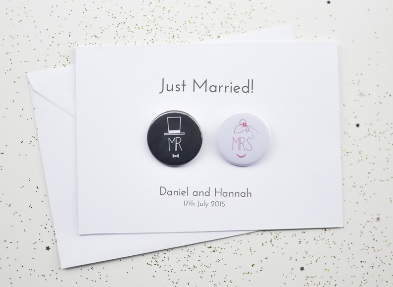 Wedding Card with Badges  Just Married / Mr and Mrs / image 0
