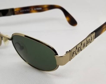 b601cf26edc Vintage Like New Fendi Sunglasses Mod FS907 Bullion