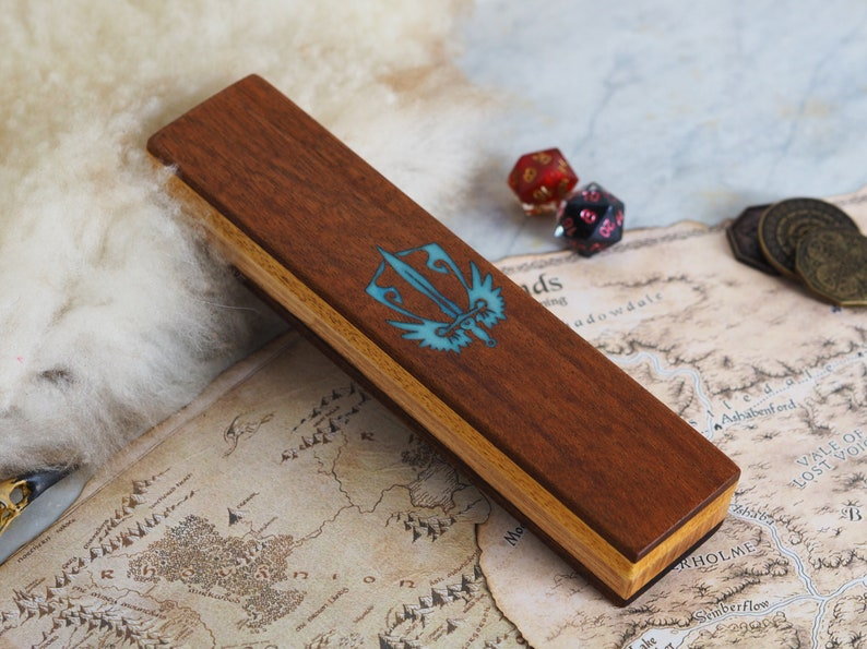 Dungeons and dragons pathfinder rpg gift D/&D wood dice box wooden dice case tabletop games engraved wood and resin dice vault for DnD