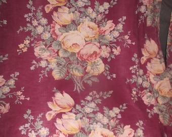 Gorgeous 1940s merlot cotton floral spray drape panel ruffled edge for drape/pillows/upholstery