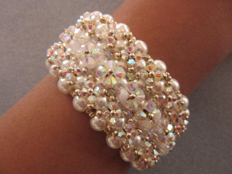 45a621cd73c7 Cristal y Perla pulsera hecha a mano. Pulsera de novia.