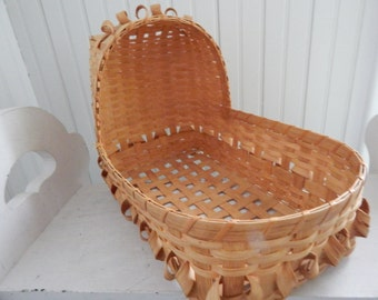 Hand Crafted Splint Wicker Teddy Bear Doll Bed Includes Handmade Star Quilt /& Pillow Signed and Dated by Artist Wicker Doll Teddy Bed