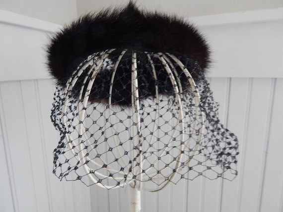 Vintage Ladies' Mink Fascinator Halo Hat - Mink H… - image 8