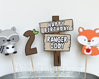Woodland 4pc Centerpiece Set featuring Custom Sign, Age, and your choice of 2 Woodland Animals!