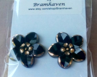 Up cycled 20mm vintage glass black & gilt buton stud earrings