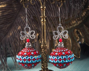 Beaded earrings red & blue