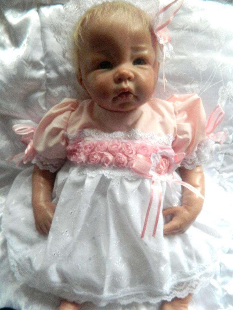 0dd15c40123 Bebé Reborn recién nacido vestido diadema en   Etsy