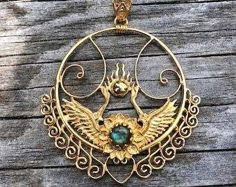 b9f7d644653d8d Shakti Bhakti Pendant - 24K Gold Plated - Labradorite