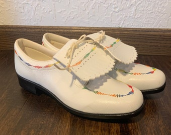 Vintage brand new golf shoes women's 8.5 JCPenney white golf shoes vegan leather with rainbow stitching, Champs hardened steel cleats