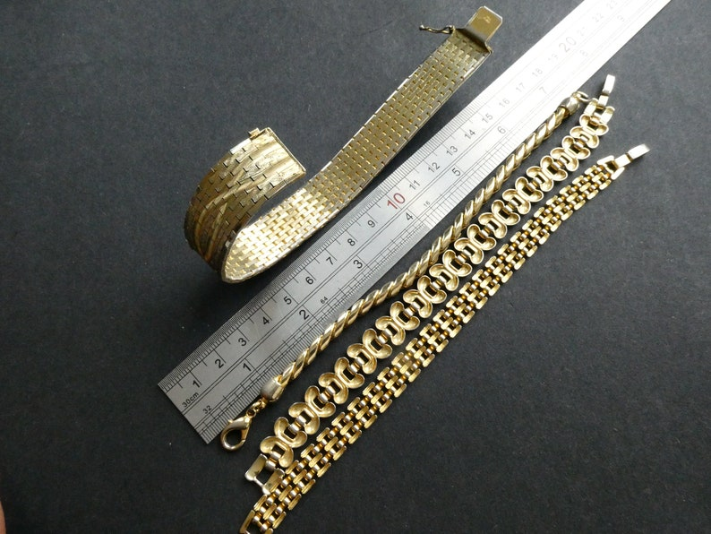 Very Good Cond Very Flattering Vintage 70s /& 80s Chain Bracelet and Cuff Lot Vintage Jewellery