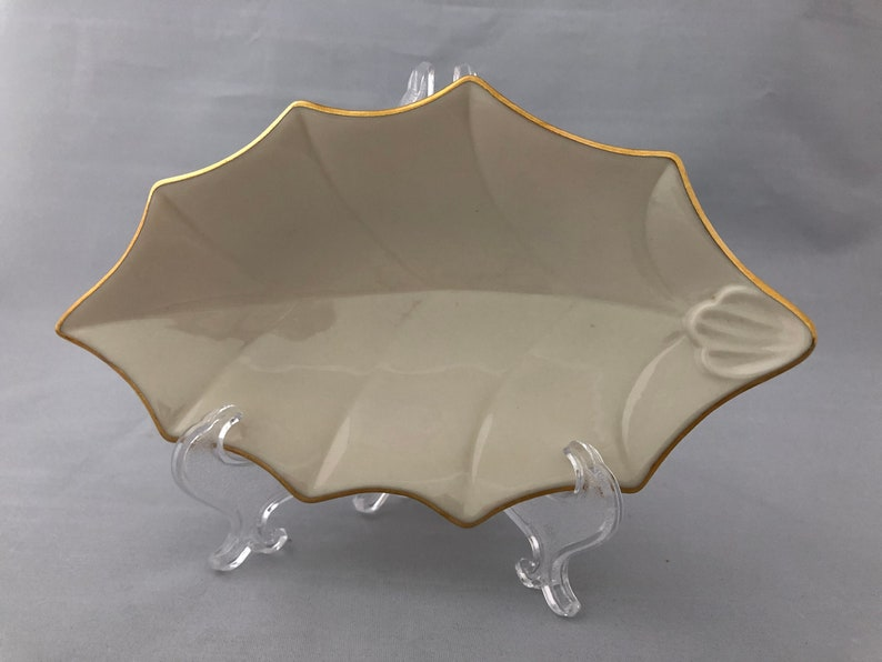 LENOX Holly Leaf Open Candy Dish Ivory with Gold Bone China image 0