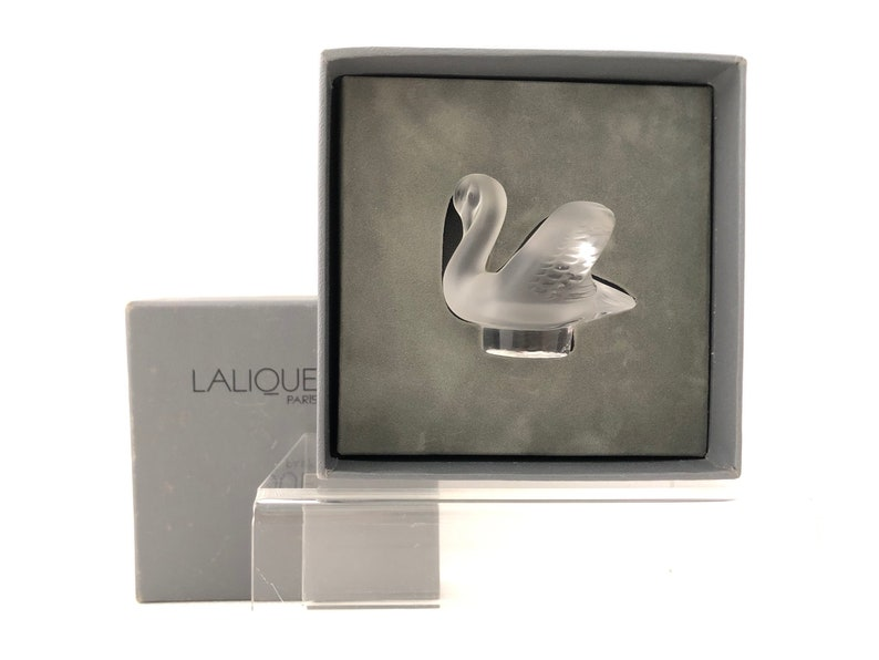 Lalique Glass SWAN PAPERWEIGHT Frosted Glass with Original image 0