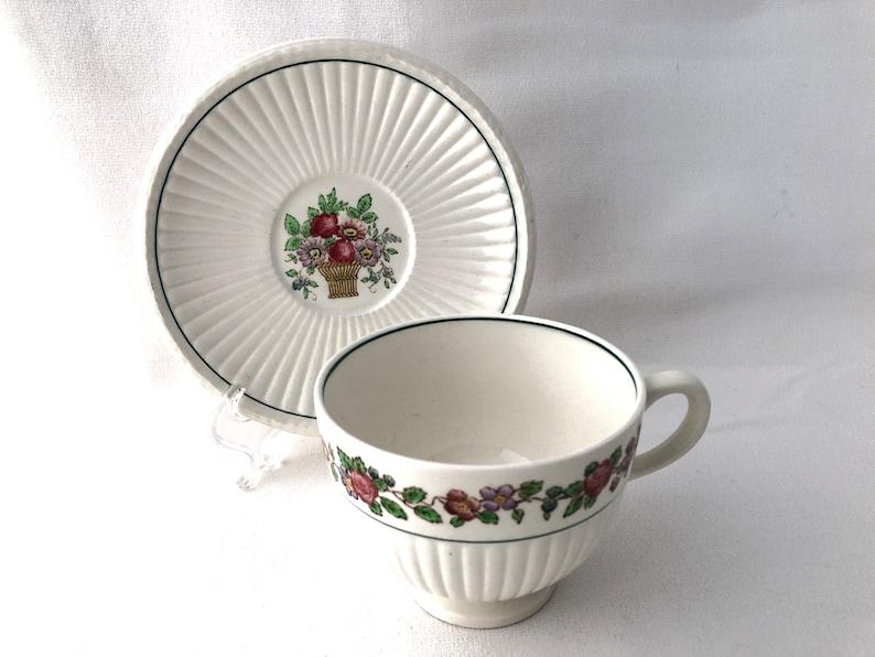 WEDGWOOD Belmar Edme Shape English Eathenware Footed Cup image 0