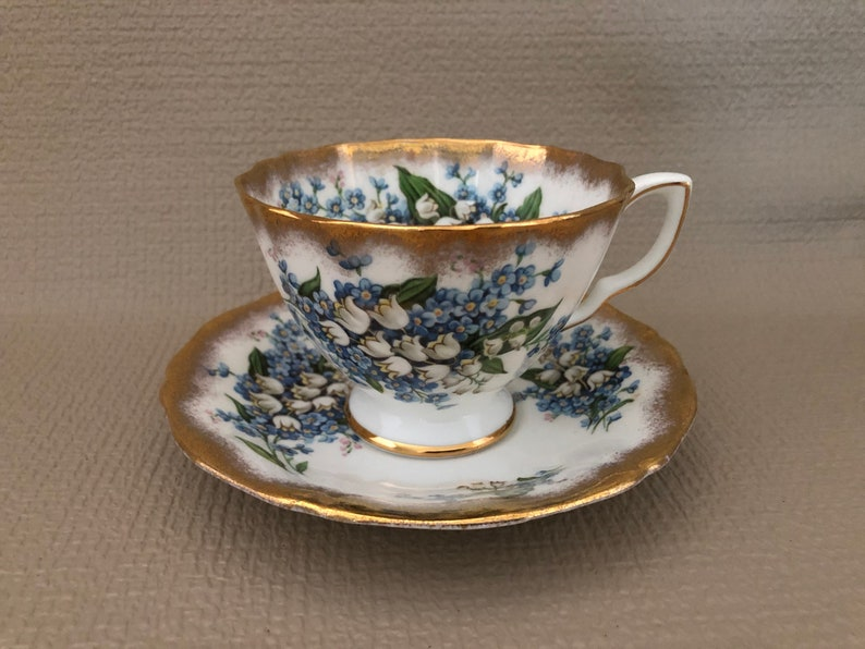 ENGLISH Bone China Tea CUP and SAUCER Blue White Floral image 0
