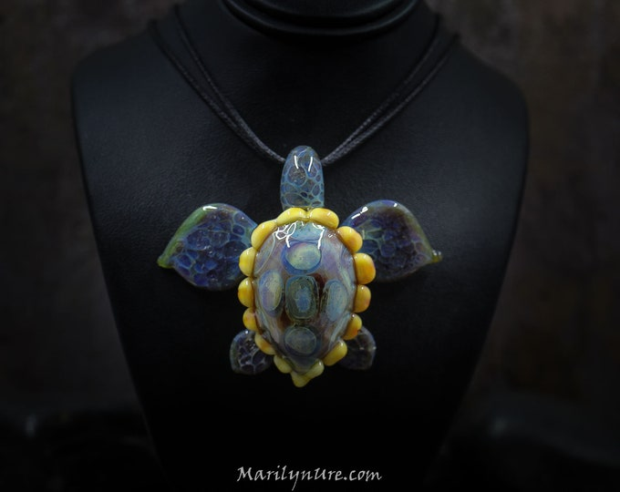 Big Kauhna Boro Glass Sea Turtle Necklace