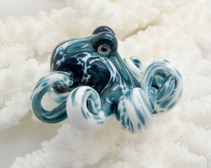 The Unobtanium Kracken Collectible Wearable Boro Glass Octopus Necklace / Sculpture Made to Order