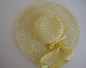 1e6c1cd4 Vintage yellow broad brimmed hat, lightweight, summer hat, 1970's hat,  wedding hat, bridesmaid hat, sheer hat, retro yellow hat