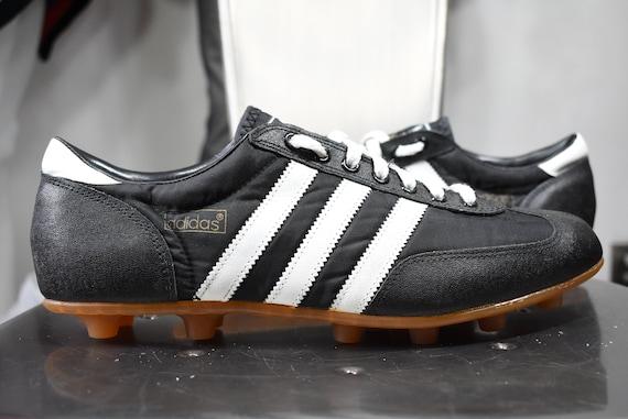 vintage Adidas cleats 10.5 soccer football 70's 80