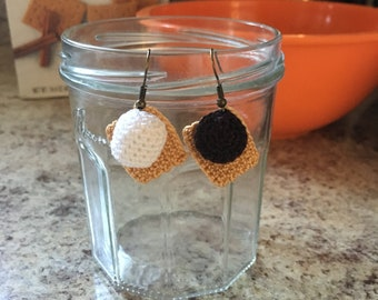 Mini S'more Earrings Crochet Pattern
