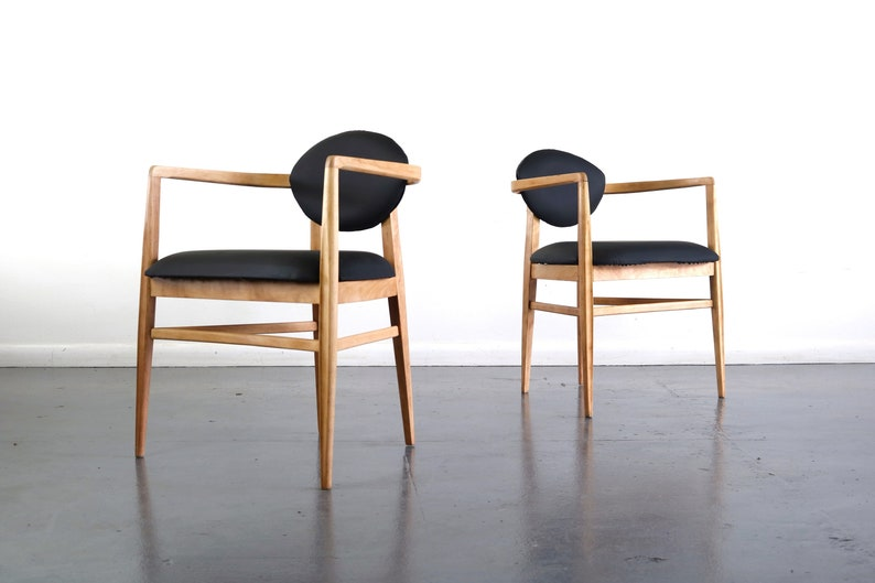 Set of Two Mid Century Modern Accent Chairs in Blonde Oak and Black Upholstery