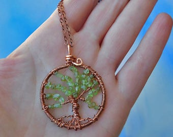 Peridot Tree of Life Necklace, Copper Wire Tree Pendant Necklace, Wire Wrapped Tree of Life, Green Gemstone Circle Ttee of Life Pendant