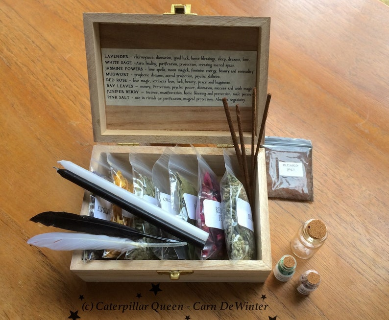 Witches Herb Box - Wicca Starter Kit for Witch Spells and Incense - Witches  Sabbat Gift - Occult ceremony tools  Druid Pagan - BOX 2