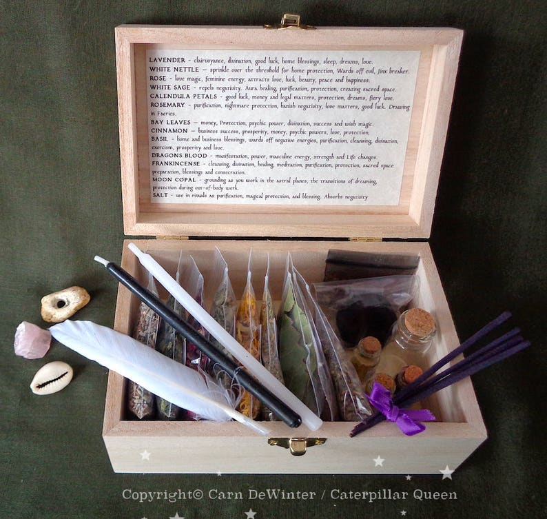 Witches Herb Box - Wicca Starter Kit for Witch Spells and Incense - Witches  Sabbat Gift - Occult ceremony tools  Druid Pagan - BOX 1