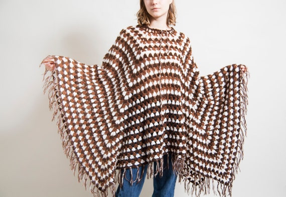 Geometric pattern poncho/ Crochet cape/ Brown shaw