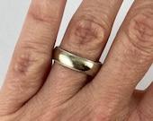 10 K Ring, size 7, millgrain edge, white gold band, 5 mm wide, wedding band, unisex