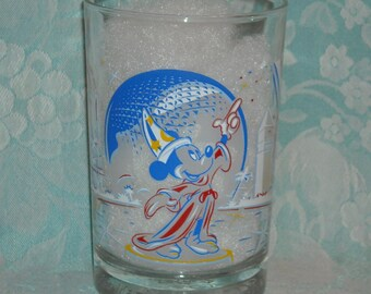 Vintage Disney Tumbler. 1996 25th Anniversary Mickey Mouse, The Magician,  Glass. Bottom Marked Remember the Magic Walt Disney World. Pj1c