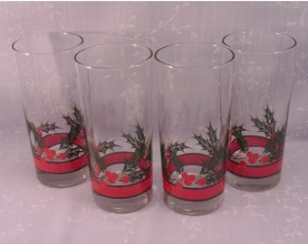 4 Libbey Glasses. Crystal Orig Holly & Berries Glass High Ball, Water, or Iced Tea Vintage Tumblers in Discontinued Pattern. Set D. reod