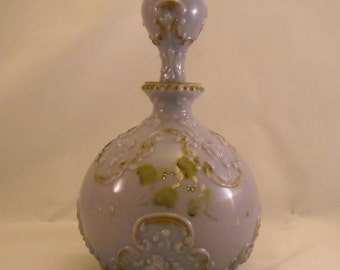 Lavender Antique Milk Glass Decanter with Original Stopper. Rare Victorian Gillinder Opaque Purple Colored Vanity, or Dresser Bottle. pegb