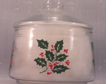 Vintage Indiana Glass Christmas Snack or Candy Apothecary Jar w Lid and Green Holly & Red Berries. Made in USA in Discontinued Pattern. qJna