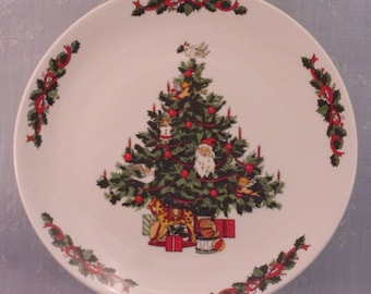 Vintage Tabletops Unlimited Christmas Time Collection Smooth Dinner Plate. Tree w Dove Bird. Discontinued Stoneware Dinnerware Pattern. qiya