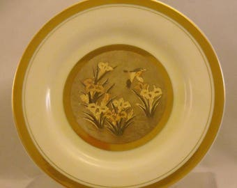 Vintage The Art of Chokin Plate. 6 + Inch Japanese Metallic Art Dish w Bird, Iris Flowers in Water Pond, 24 KT Gold, & Fine Porcelain. Qdsa