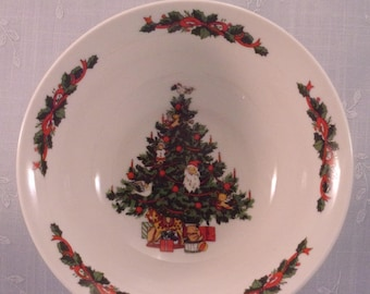 Vintage Tabletops Unlimited Christmas Time Collection Smooth Cereal, Soup, or Salad Bowl. Tree w Dove. Discontinued Dinnerware Pattern. qiyd