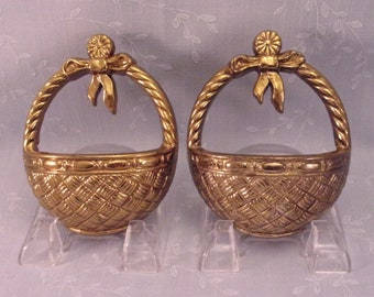 2 Classic Vintage 1987 Collectible Burwood Hanging Wall Décor Accent Small Gold Pockets or Baskets 2818 G & 2818 H w Original Paint. Reha