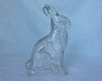 1940s & 1950s Figural Clear Pressed Glass Candy Container. Vtg Peter Rabbit, Sitting on Grass Base, w Millstein Mark. uddb ea618