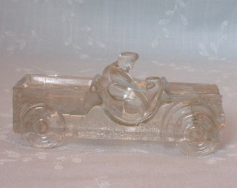 1940s Vintage Figural Clear Pressed Glass Candy Container. Toy Scout Car. Millstein Willys Jeep. Marked Patented on Front Axle. Uchc ea350