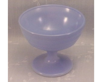 Mid Century Dessert Dish. Vintage Hazel Atlas Moderntone Platonite Ribbed Sherbet or Ice Cream Milk Glass Bowl w Baked on Blue Color. Rgwb