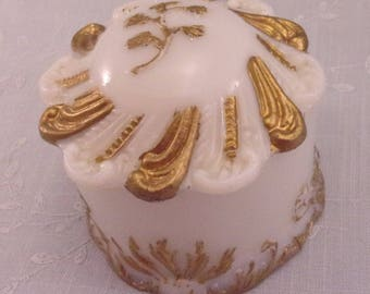 Milk Glass Box. Antique Dithridge Ray End Dresser or Vanity Jar w Lid & Hand Painted Gold Enamel Bronze. Covered Pin or Puff Box. qLwa