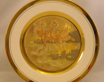 The Art of Chokin Vintage Plate. 9+ Inch Japanese Metallic Art Dish w Stork Bird Trio in Pond, 24 KT Gold Gilt, & Fine China Porcelain. qdqa